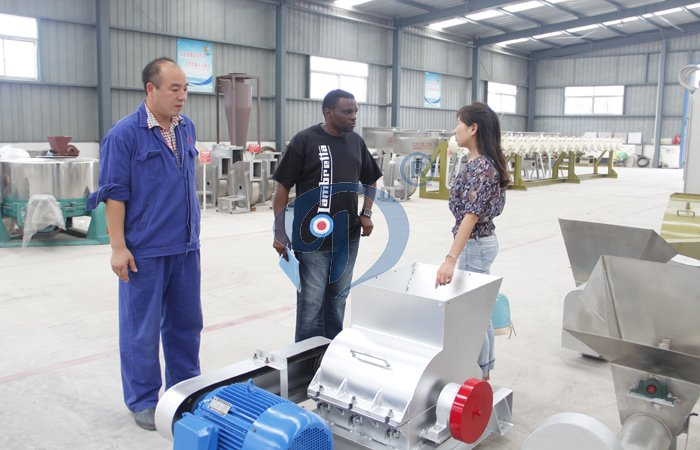 Tanzania client visit our factory about cassava processing equipment