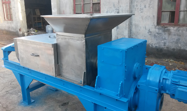 Screw press dewatering machine