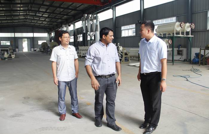 Bangladesh customer visit our company for liquid glucose production line